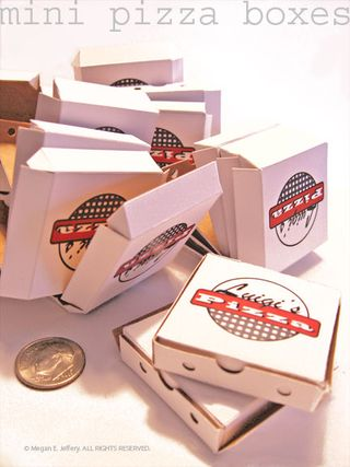 Pizza-boxes-assembly-1