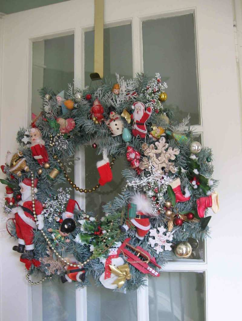 Wreathwideshot_1